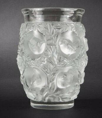 "Vase ""bagatelle"" , Lalique France Art Deco"
