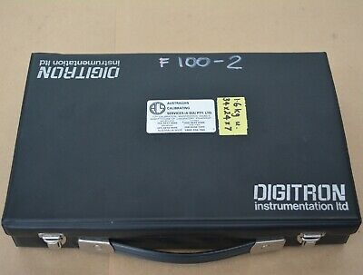 DIGITRON Model 1751 K thermometer and probes -30 to 1000 degrees C