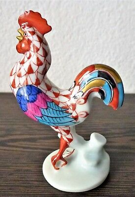 Herend Porcelain Fishnet Figurine of a Small Rooster