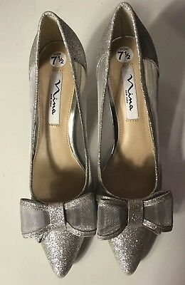 4ff3bb2f5b1 Nina Women s Silver Dress Shoes Classics Kitten Heels Pointed Toes Bow Size  7.5