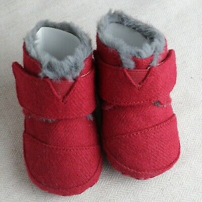 f6404a143b5 BABY TINY TOMS Crib Shoes Size 3 Cuna Red Boots Girls Boys Soft Felt ...