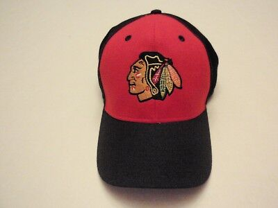 5578ff7334d Chicago Blackhawks Reebok NHL Hat Size Large   Extra Large Face Off Headwear