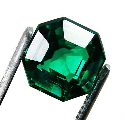 16.50 Cts Natural Beautiful Radiant Cut Colombian Emerald Loose Gemstone. 2028