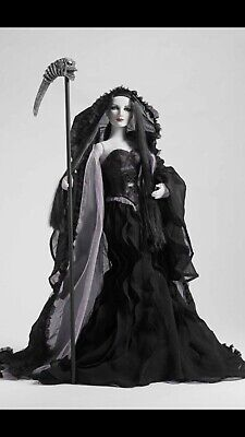 Tonner Death Doll Complete