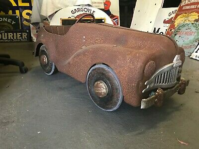 1950's Triang pedal car