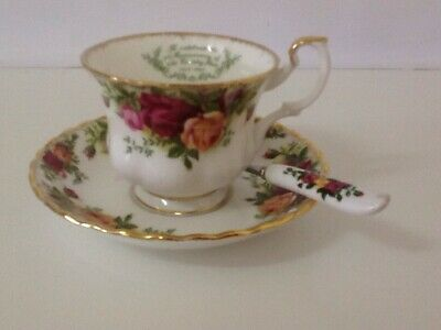 RARE Royal Albert Old Country Roses 25th Anniversary Duo / England / Never Used