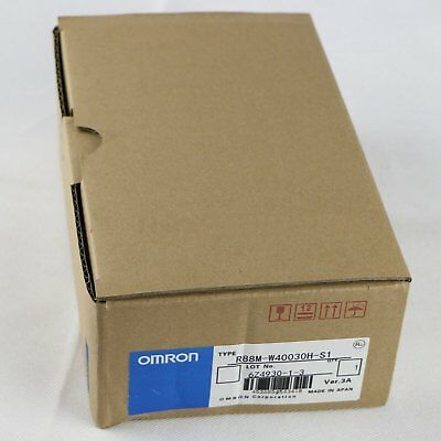 1 pcs Omron SERVO MOTOR R88M-W40030H-S1 NEW IN BOX *SHIP TODAY*