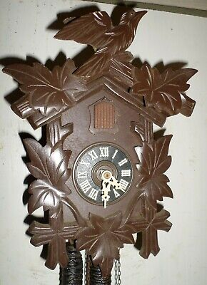 Nice German Black Forest Bachmeier Traditional Working Hand Carved Cuckoo Clock!