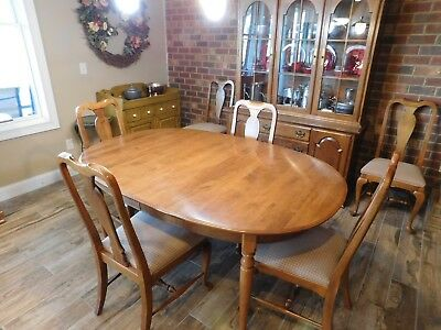 Ethan Allen Oval Dining Room Table 10 6114 6 Circa 1776 Side Chairs Exc Cond 575 00 Picclick