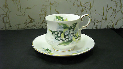 """Duchess Tea Cup and Saucer England Bone China Queens  #8  Baby's Breath """"mint"""""""