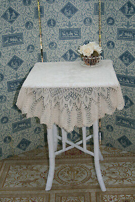 "Amazing Vintage Fine Hand Knitted Lace 32"" Dia.Round Tablecloth."