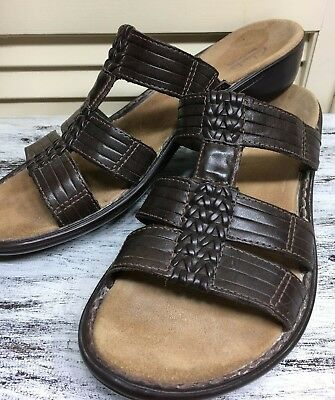 ffb4b4eee71 Clarks Bendables Womens Brown Leather Sandals Wedge Low Heel Shoes Size US  10 M