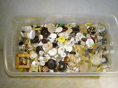 LOT 5 1/2 + Lbs~POUNDS VINTAGE BUTTONS~Many Colors & Types-Sewing~Jewelry~Crafts