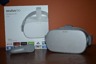 Oculus Go 32 gb all-in-one VR headset WITH CONTROLLER *Great Condition*