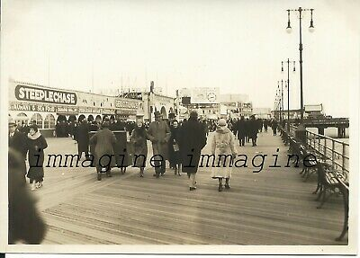 Original photograph New York/Coney Island boardwalk 1930ca.