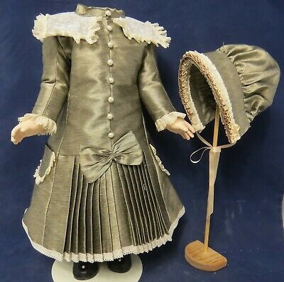 "French Style Silk Dress & Hat To Fit 21""/23"" Antique/reproduction Doll"