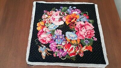 RARE BEAUTIFUL Elsa Williams Tapestry Completed Floral Wreath Cushion Front