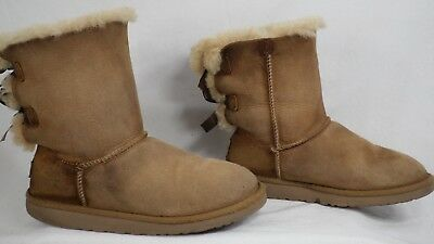 dcb684d6c13 UGGS BAILEY BOW Boots, Chestnut, Girls/kids Size 1, Vguc - $21.00 ...