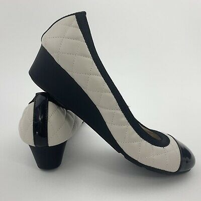 d58920b70d DexFlex Comfort Womens Size 7 Shoes Ivory & Black Slip On Wedge Heels  Quilted