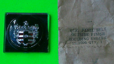1953 Dodge NOS Canadian ONLY 1/4 Panel  Mldg Medallion MoPaR OEM part #1522506