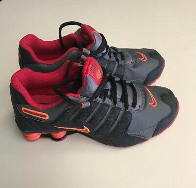 5c7dcac7 NIKE SHOX NZ SI PLUS Black Gray GRADE SCHOOL SNEAKERS 317929 SIZE 5Y -  $65.00 | PicClick