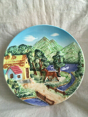 Vintage 3D wall plate country scene horse cottage very good conditiong
