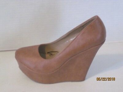 42e7a50fcbc8 Women s 10 Delicacy Trendy Slip On Platform High Heel Wedge Pump TAN brown