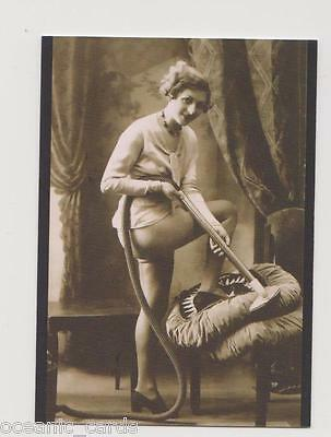 VINTAGE EROTICA POSTCARD COLLECTION Cult-Stuff BASE SET OF TRADING CARDS