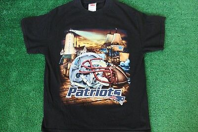 info for c1160 ea5e5 NEW ENGLAND PATRIOTS NFL Team Apparel Vintage Design Large T ...
