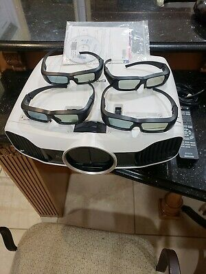 (RI1) Epson PowerLite Home Cinema 5010 1080p 3D LCD Projector with 4 3d Glasses