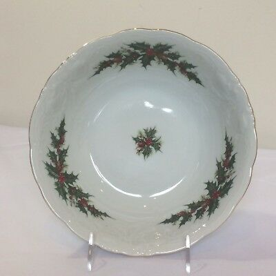 Royal Kent Poland Holly Berry Bush White Porcelain Christmas Vegetable Bowl