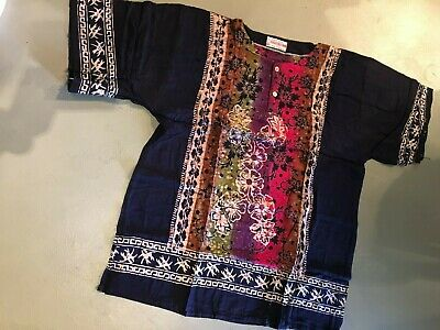 Lot of 4 batik short sleeve tops.With 2 button front.4 colours.New.bargain.1 fit
