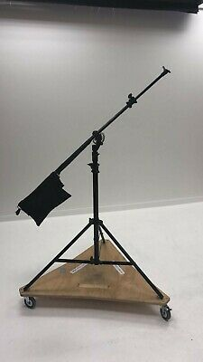 Boom Light Stand with wheels