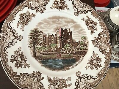 Johnson Brothers OLD BRITAIN CASTLES multi color brown Dinner plates