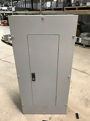 EATON CUTLER HAMMER 100A Main Breaker Panel 42 Circuit 120/240V 3 Phase on