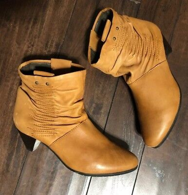 f8c4326d4068 Steve Madden Farrahh Tan Leather Slouch Ankle Boots Booties Heeled Sz 9
