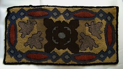 "Antique - Early 20th century Canadian hook rug - 38"" x 19¾"""