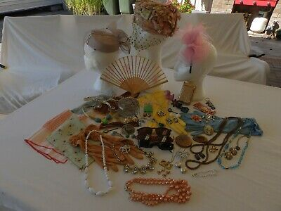 Bulk Vintage, Retro Ladies Hats, Gloves, Compacts, Jewellery, Glomesh, Brooches