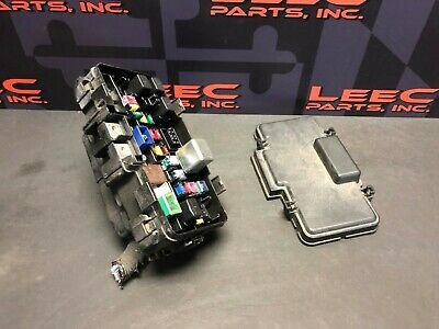 2005 acura rsx type s rsx-s oem engine bay fuse box cut