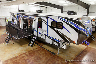 New 2019 40D12 Extended Season Side Deck Luxury 5th Fifth Wheel Toy Hauler Sale