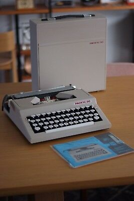 Vintage Pacific 30 Typewriter, Made in Bulgaria, Great Condition, Retro, Rare