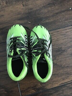 241248de2 Umbro Toddler Arturo 3.0 Green Kids Youth Boy Girl Soccer Cleats -Size 9K  Mint