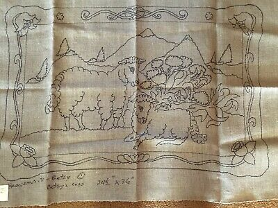 Sheep Rug Hooking Pattern, Heavens to Betsy, Linen