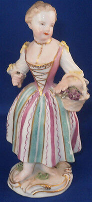 Antique 18thC Meissen Porcelain Lady w/ Basket Figurine Figure Porzellan Figur