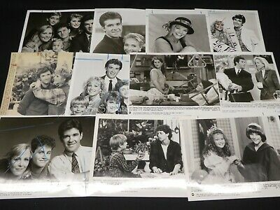 "11 x TV Press Kit Photos ~ 8x10 ""Growing Pains"" Alan Thicke Joanna Kerns & More"