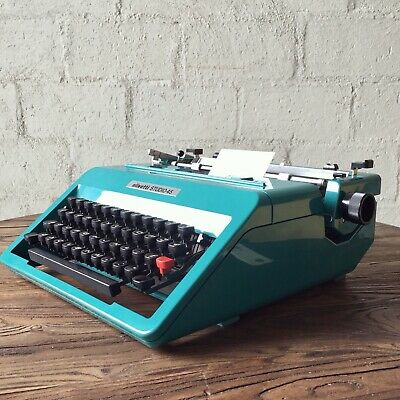 Vintage Olivetti studio 45 TYPEWRITER Turquoise BLUE Excellent Condition