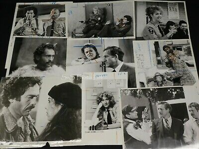 "14 x TV Press Kit Photos ~ 8x10 ""Hill Street Blues"" James B. Sikking Bruce Weitz"