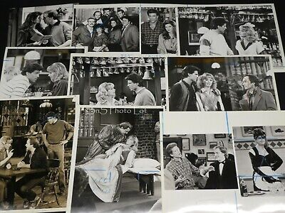 "23 x TV Press Kit Photos ~ 8x10 ""Cheers"" Ted Danson Shelley Long Kirstie Alley +"
