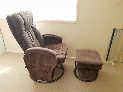 Valco Baby Rocking / Nursing Chair and Footstool - Valco Baby Tranquility Glider