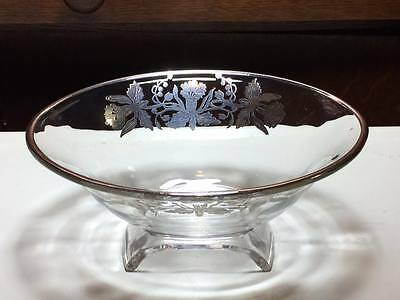 Vintage Viking glass scroll bowl with silver overlay daffodils